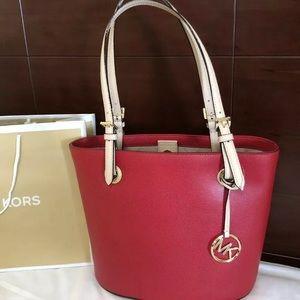 $248 Michael Kors Purse Jet Set MK Handbag Bag